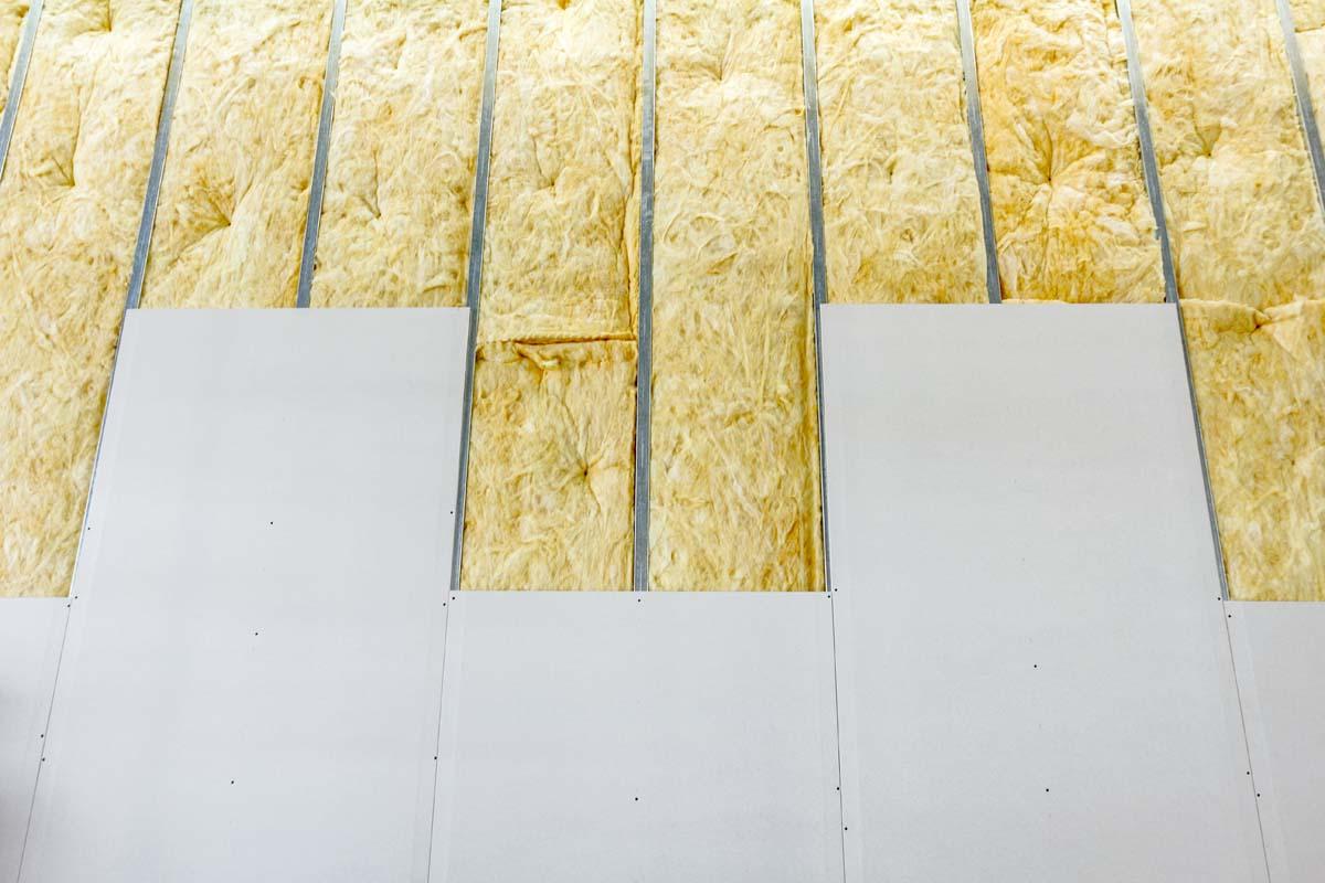 Trockenbau Wand mit Innenisolierung