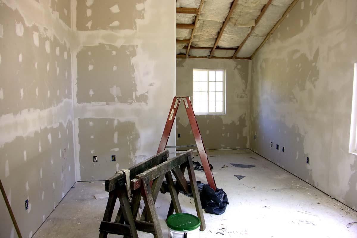 Rénovation pièce d'habitation avec placo plâtre